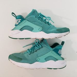 Nike Womens Air Huarache Run Ultra Running shoes 8